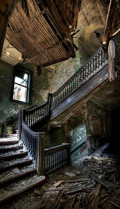 I find abandoned places somewhat beautiful. The history and stories that only… Abandoned Buildings, Abandoned Property, Abandoned Mansions, Old Buildings, Abandoned Places, Abandoned Castles, Beautiful Buildings, Beautiful Places, Beautiful Architecture