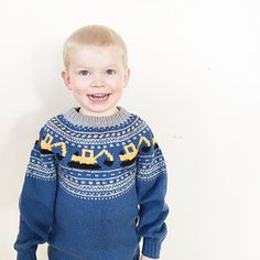 Ravelry: Gravemaskingenser (NORSK) by Katrine Opgård og Linn Anita Dahle Baby Boy Knitting Patterns, Baby Sweater Patterns, Knitting For Kids, Baby Knitting, Crochet Round, Knit Crochet, Baby Pullover Muster, Fair Isle Knitting, Crochet For Beginners