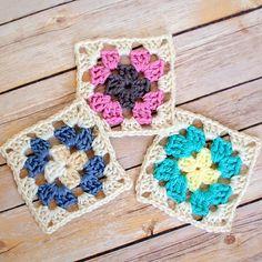 Patron para hacer cuadrados tejidos a crochet