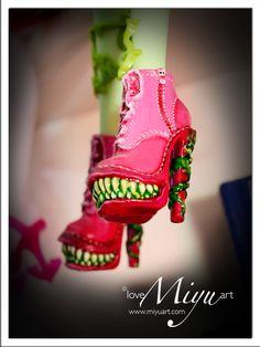 Monster High Venus Shoe Repaint by ~niamiyu on deviantART