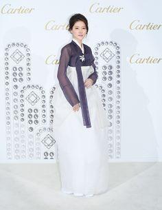 '한류 전도사' 이영애, 까르띠에 행사서 '노란 리본' 동참 http://www.fashionseoul.com/?p=27276