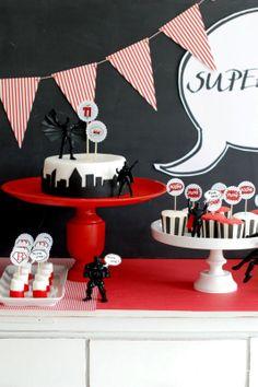 superhero party: love the black fondant cityscape cake border