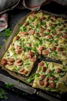 Käytä keitettyjen perunoiden jäänteet ja tee niistä todella maukas uunimunakas.