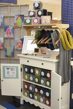 How to design your craft show booth... tons of great ideas and things to think about!