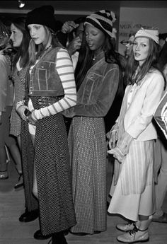 backstage, Marc Jacobs for Perry Ellis S/S 1993, New York 1992, from left: nadja auermann, naomi campbell, kate moss #grunge #90s
