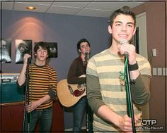 For everything Jonas Brothers check out Iomoio The Jones Brothers, Band Of Brothers, Jonas Brothers, Disney Channel Movies, Journey Tour, The Joe, Make Her Smile, Nick Jonas, Famous Faces