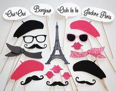 Una cabina de fotos estaría bien y mas si son de París ¿que te pondrías tu?