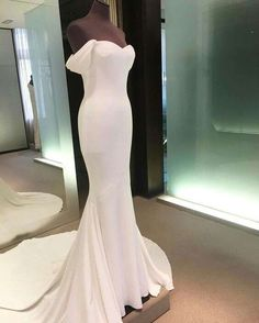 Mermaid wedding dress: the 50 are the most beautiful - wedding dresses- ladies fashion.de - wedding dress mermaid wedding dress: The 50 are the most beautiful - Prom Gowns Elegant, Modest Evening Gowns, Mermaid Evening Gown, Long Wedding Dresses, Mermaid Prom Dresses, Cheap Prom Dresses, Formal Dresses, Long Dresses, Dress Long