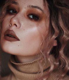 sugar and spice 🍪 Makeup News, Eye Makeup, Hair Makeup, Light Contouring, Brown Lip, Melt Cosmetics, Beauty Companies, Contour Palette, Kat Von D