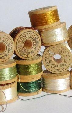 ✽ vintage silk thread spools