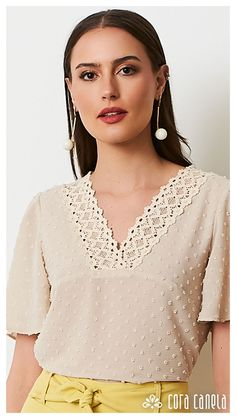 Like the style, but not the colour Women's Summer Fashion, Work Fashion, Chic Outfits, Fashion Outfits, Womens Fashion, Girl Trends, Work Blouse, Baby Girl Dresses, Stylish Dresses