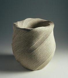 Artist:Sakiyama Takayuki (Japanese, born 1958; active Kamomura, Shizuoka Prefecture) Period:Heisei period (1989–present)Date:2004Culture:JapanMedium:Stoneware with sand glaze