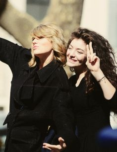 Taylor swift with lorde