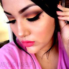 Maquillaje de Verano ☀️🌅🌅🌇 Recuerda que puedes ver como realizo este maquillaje y muchos mas en mi canal de #YouTube  solo tienes que suscribirte AQUI ⬇️⬇️  https://m.youtube.com/channel/UCZGLat5GUdC2vNN0CK49otw