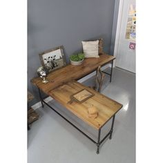 This is not a good link but I like the desk.