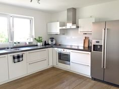 5 tips for a really tidy kitchen! - love of order - It& getting really, really violent today! I promise you! Tidy Kitchen, Kitchen Room Design, Home Room Design, Kitchen Cabinet Design, Modern Kitchen Design, Kitchen Decor, Kitchen Cabinets, Order Kitchen, Kitchen Ideas