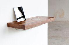 Wandregal / modern / aus Holz / integrierter Steckdose STAGE SPELL