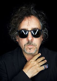 Tim Burton ~ Comic Con 2009 Portrait - tim-burton Photo