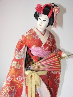 Como fazer bonecas gueixa japonesas | eHow Brasil                              …