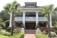 """Article about Old Florida architecture, """"Micanopy Florida: The little town that time forgot"""""""