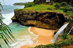 waterfall beach at pacitan, east java Goa, Places To Visit, Around The Worlds, Explore, Vacation, Beach, Outdoor, Beautiful, Malang