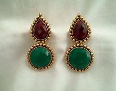 I loved this classic and simple combination of maroon & green colour..Awesome