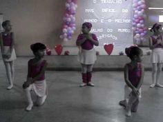 Tiemy apresentação de ballet dia das mães