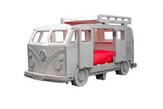Hoe gaaf is dit bed?! Wow!!! VW Camper Van Themed Bed by Fun Furniture Collection, Home of Themed Childrens Beds,Toy Boxes and Storage