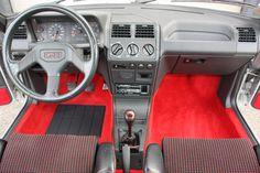 1989 Peugeot 205 GTI 1.9   I4, 1,905 cm³   130 PS / 95 kW