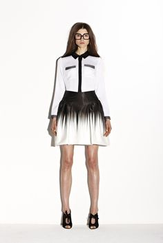 Milly Pre-Fall 2013 Fashion Show Black And White Style, 2015 Trends, High Fashion, Womens Fashion, Fashion Updates, Fashion Story, Designer Collection, Yorkie, Latest Fashion Trends