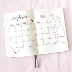 Bullet Journal Septembre Bullet Journal Homework, Bullet Journal Journaling, Bullet Journal Mood Tracker, Bullet Journal Calendrier, Bullet Journal Workout, Bullet Journal Page, Journal Fonts, Journal Layout, Journal Ideas