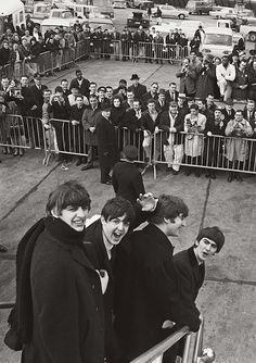 Ringo Starr, George Harrison, John Lennon, Paul Mccartney, Great Bands, Cool Bands, Rock And Roll, Harry Benson, Stuart Sutcliffe