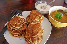 Kürbis - Pfannekuchen Pumpkin Fritters, Potato Mashers, Frying Oil, Pumpkin Puree, Shrimp Recipes, Cake Recipes, Fries, Pancakes, Pork