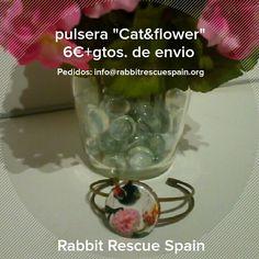 "#nuevo pulsera ""Cat&flower"" 6€+gtos.de envio. Pedidos: info@rabbitrescuespain.org"