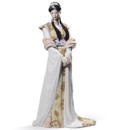 """Lladro """"Chinese Beauty"""" (Face detail)  Issue Year: 2012 - Sculptor: José Luis Santes - Limited Edition (L.E.) 3,000 pieces - $2,250"""