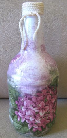 Decorative Flower Vase Glass Bottle Decor Handmade Violet Table Home Patio Gift #Handmade #FrenchCountry Wine Bottle Vases, Glass Bottles, Glass Vase, Terrarium Containers, Terrarium Plants, French Country Colors, Home Decor Vases, Wood Cutting Boards, Flower Vases