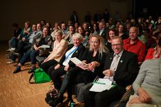 Von rechts nach links ausnahmsweise mal: Michael Bullmann, Tina Reuter, Erna Schmitt und Elke Böhm. Bei uns sitzt Du immer in der ersten Reihe: TEAM BULLMANN & FRIENDS