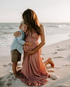 Gorgeous golden hour mother and son maternity photo. Beach Maternity Pictures, Outdoor Maternity Photos, Maternity Photography Outdoors, Family Maternity Photos, Maternity Poses, Beach Photography, Photography Ideas, Beach Pregnancy Photos, Maternity Photo Shoot