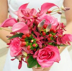 #pinkweddingbouquet #flowers #weddingday #stonebridgecountryclub