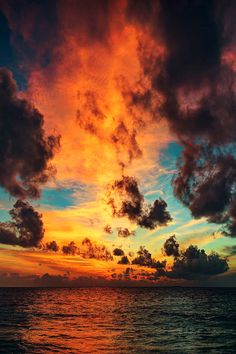 circlingindizziness:  Amazing clouds at sunset. ☾✯☮circlingindizziness☮✯☽