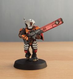 Trying out a new colour scheme for a possible new Tau army based on the one I used on the Maxine Space ranger from Hasslefree Miniatures. Paint Schemes, Color Schemes, Tau Army, Tau Warhammer, Fire Warrior, Tau Empire, Army Colors, Sword And Sorcery, War Machine