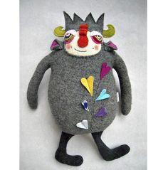 Новые игрушки из старых свитеров: творческий подход Amanda Katzenmeyer. Обсуждение на LiveInternet - Российский Сервис Онлайн-Дневников