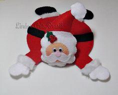 tapete de caneca - noel Easy Christmas Ornaments, Felt Ornaments, Christmas Time, Christmas Decorations, Mug Rug Patterns, Felt Patterns, Ornament Template, Ladybug Crafts, Felt Gifts