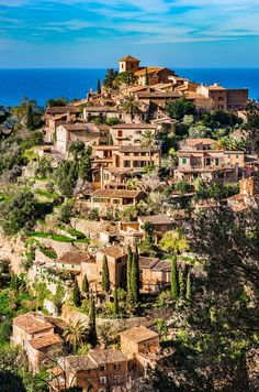 Planning your trip to Spain? Add Majorca to your travel itinerary for an unforgettable vacation. Here are the top things to do!