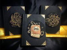 """Serie Libri delle Ombre """"Medieval Black"""" di LittleSorcerer su Etsy"""