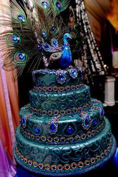 Peacock wedding cake - amazing!