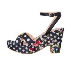 Desigual Sandals Floreal, Polka Dots Ayala Bar, Online Fashion Stores, Heeled Mules, Cool Style, Polka Dots, Wedges, Sandals, Boots, Heels