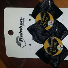 Hairbow Pittsburgh Steelers handmade  Hairbow Pittsburgh Steelers handmade says Pittsburgh Cutie never been worn Accessories Hair Accessories