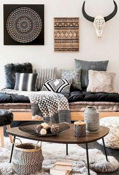 Nice 90 Modern Bohemian Bedroom Decor Ideas https://decoremodel.com/90-modern-bohemian-bedroom-decor-ideas/