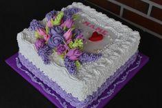 Dort šlehačkový * narozeninový - zdobený květinovou dekorací.
